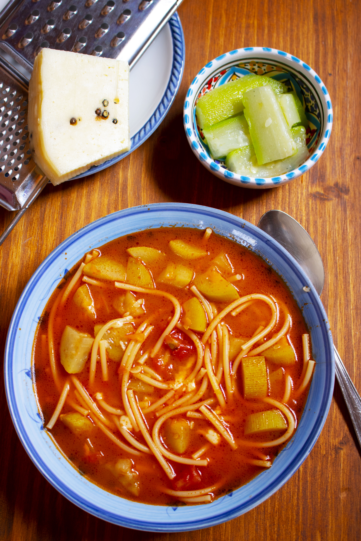 Pasta con la zucchina lunga siciliana