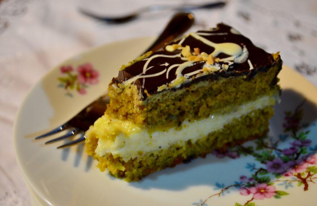Torta di pistacchio e al cioccolato bianco